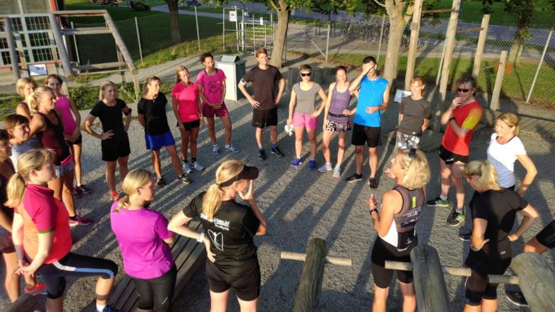 Gruppträning i Bromma Stockholm.